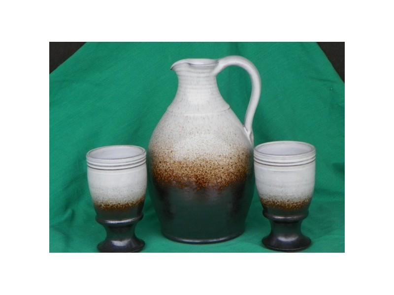 Karafa,džbán na víno,a dvě číše,1,5litru