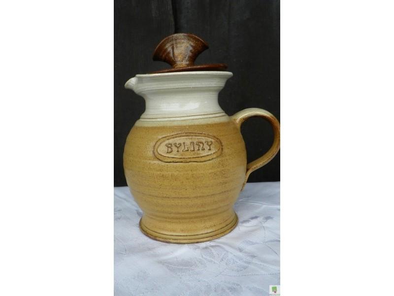 Konev na bylinkový čaj se sítkem a víčkem