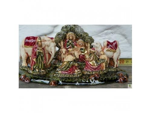 Keramický betlém,s třemi krály a zvířátky.