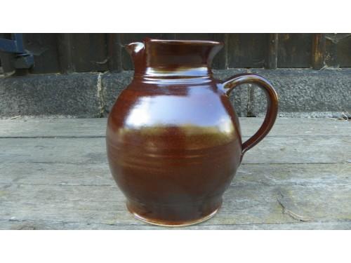 Džbán keramický,1.5 litru.