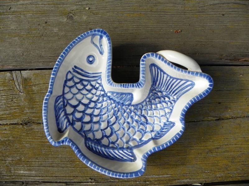 Forma ryba malovaná,modrá.
