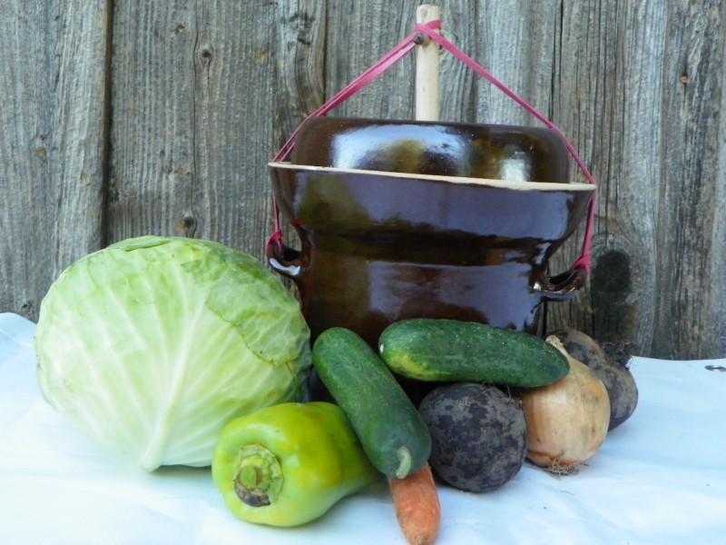 Hrnec na kvašení zeleniny 2 litry, s těžítkem,jedno víko