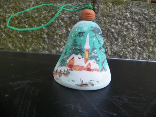 Zvonek zimní chaloupky zelené.